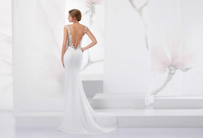 3bc24758b360 ... una garanzia non soltanto per il look delle spose