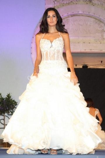 ee38a60792ab Le Spose di Lucia Nicotra abiti eleganti e raffinati che renderanno unico  il giorno più bello della vostra vita